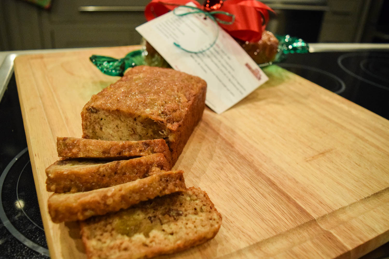 S4E15 fig-bread-web