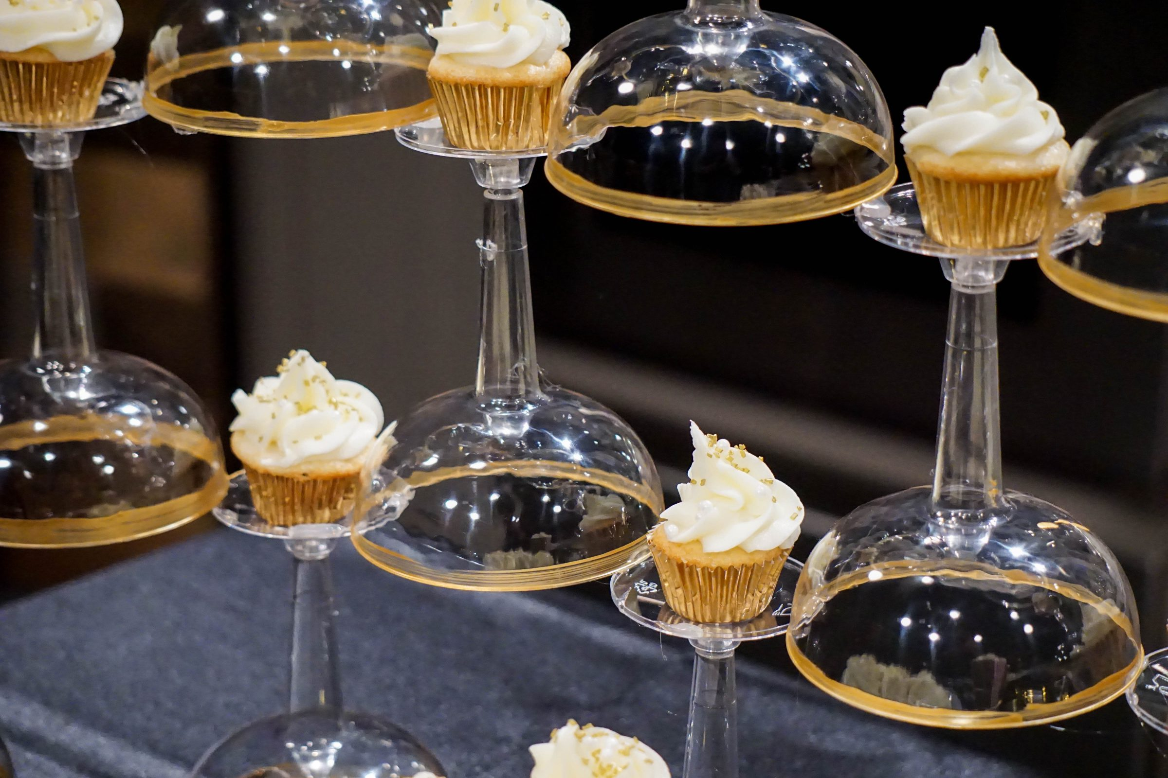Diy Champagne Glass Cupcake Tower Veryvera